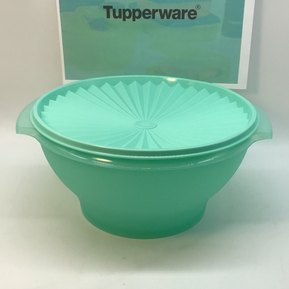 Tupperware Servalier Salad Bowl 4.3 Liter